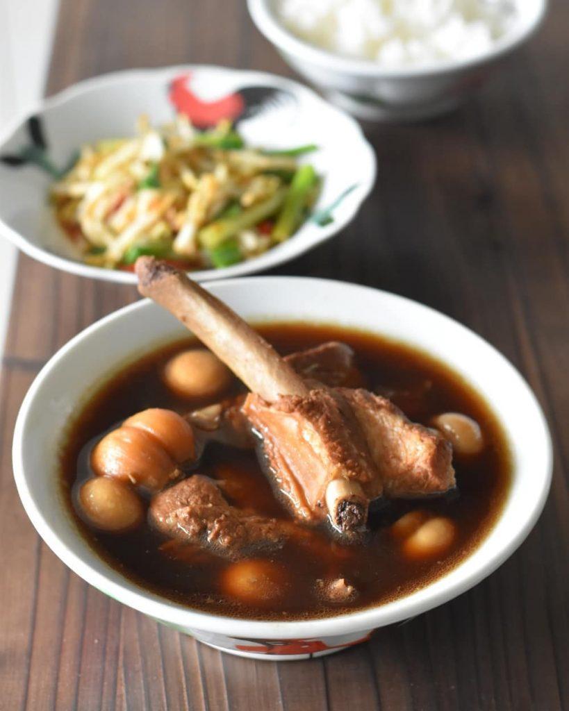 makanan khas Singapura: Bak Kut Teh