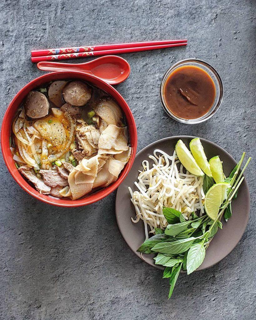 8 Makanan Khas Vietnam Yang Dapat Menggoyangkan Lidah