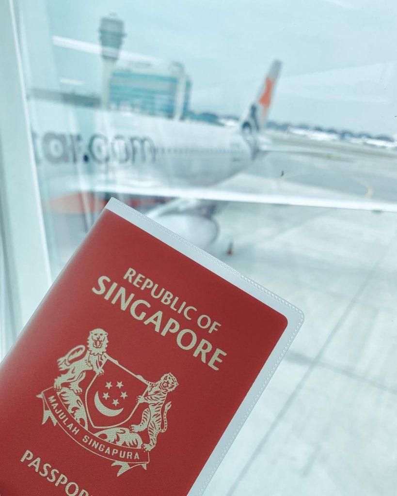 jalan jalan ke Singapore: Passport