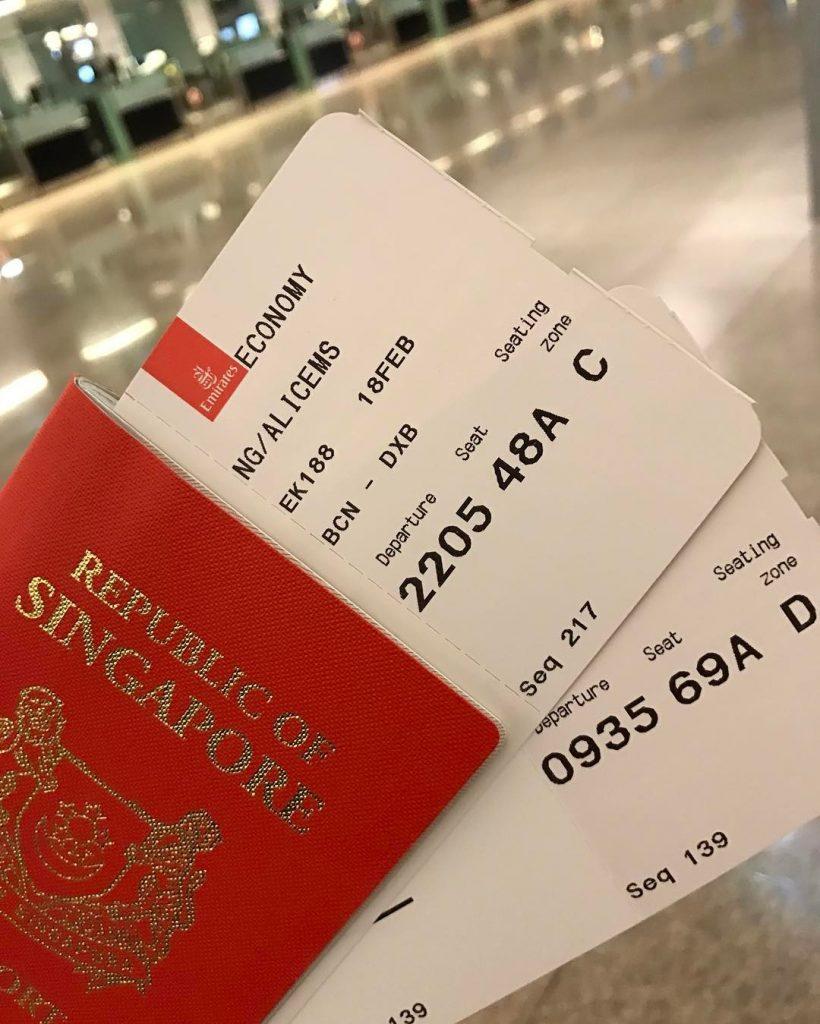 jalan jalan ke Singapore: Tiket Pesawat