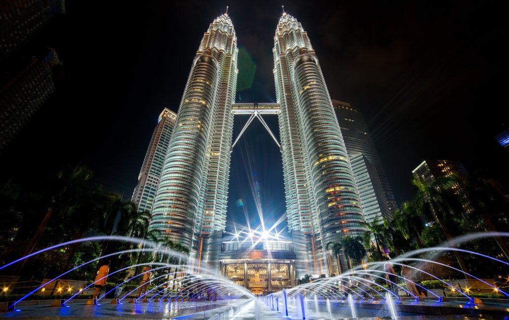 Tempat Wisata Kuala Lumpur: Petronas