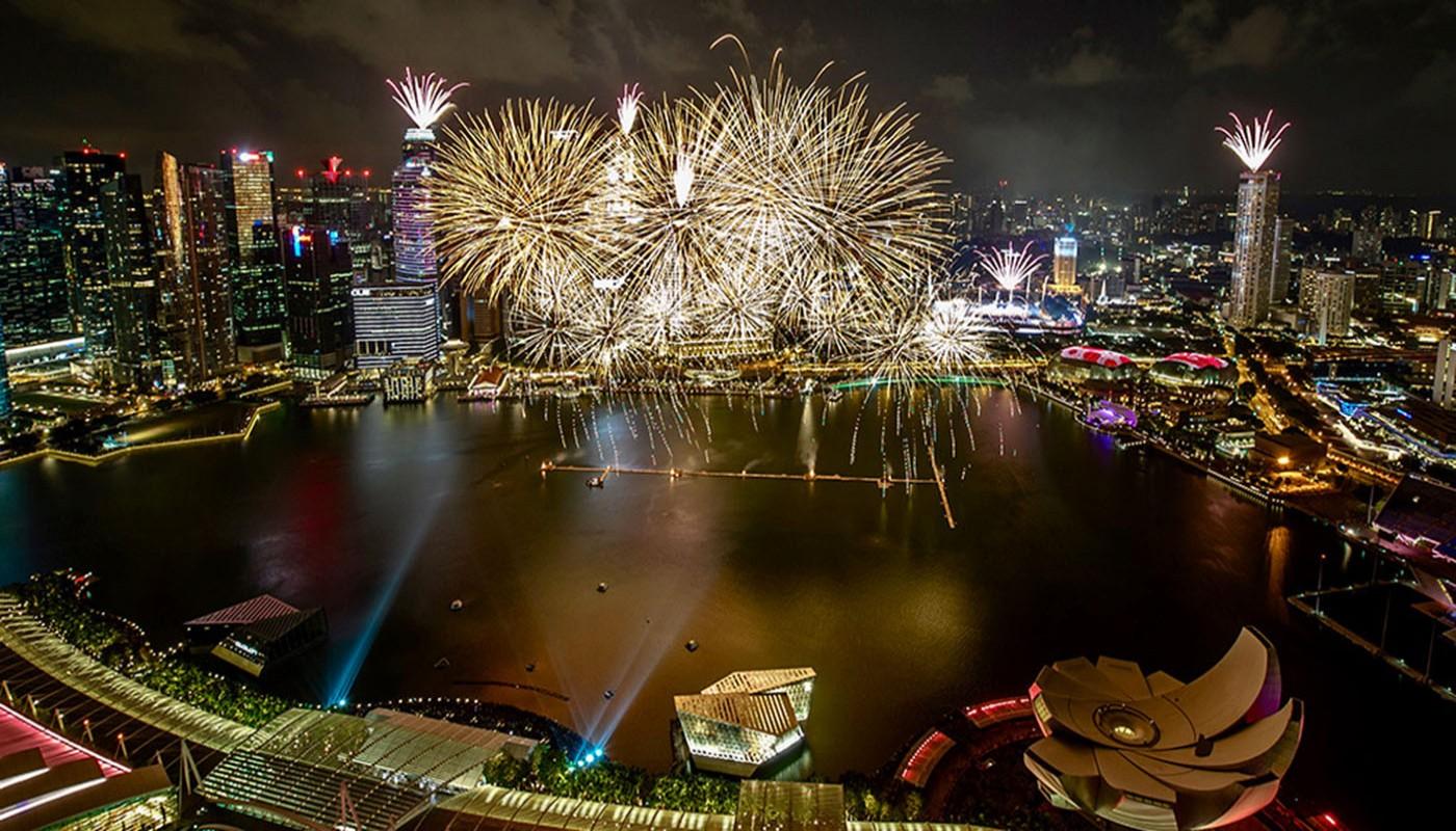 Sebelum bertolak ke Singapura 337751e51b