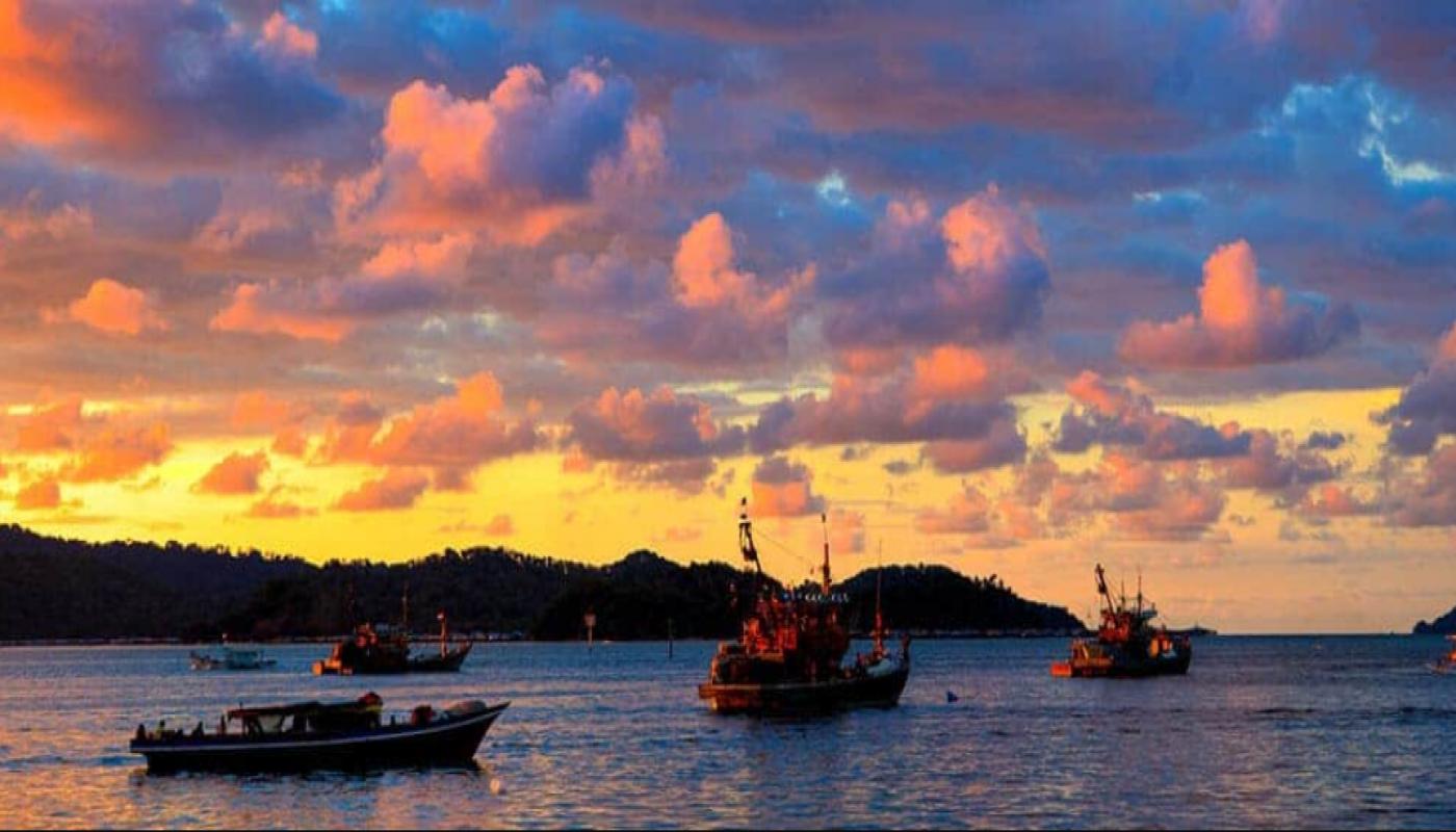 10 Wisata Alam Selain Pantai Di Malaysia Yang Patut Anda