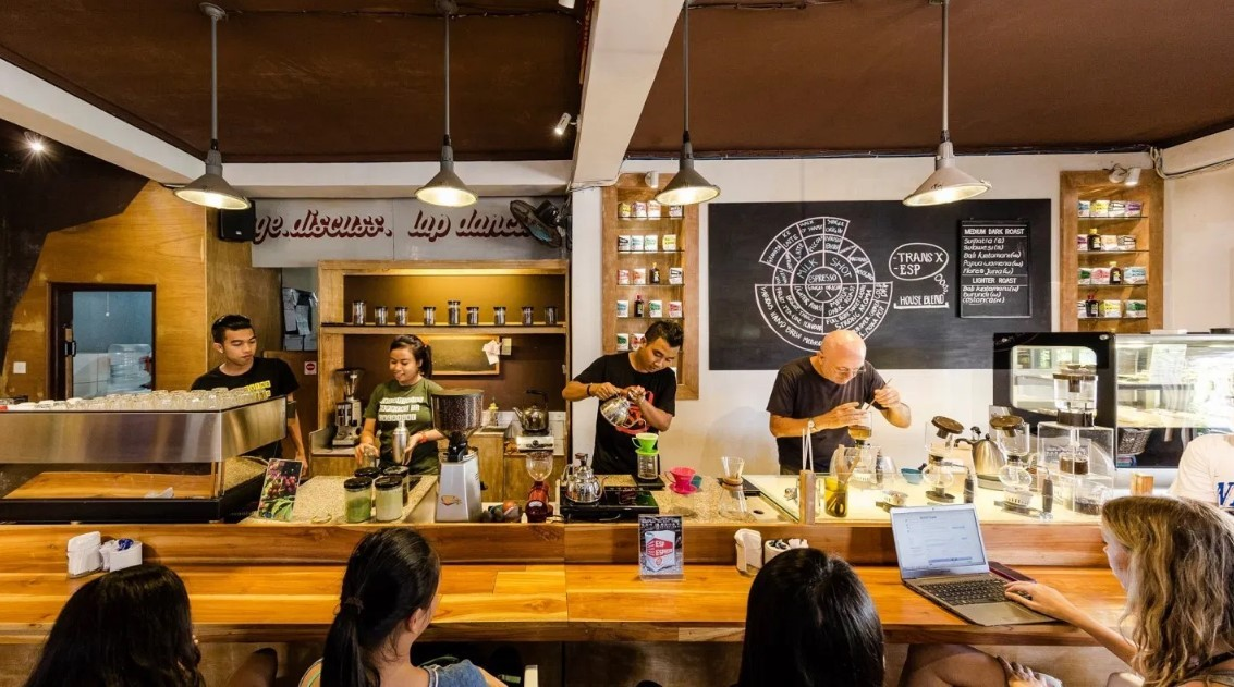 Seniman Coffee Studio - Foto, Lokasi, Review, Rute & Fasilitas - Befree Tour