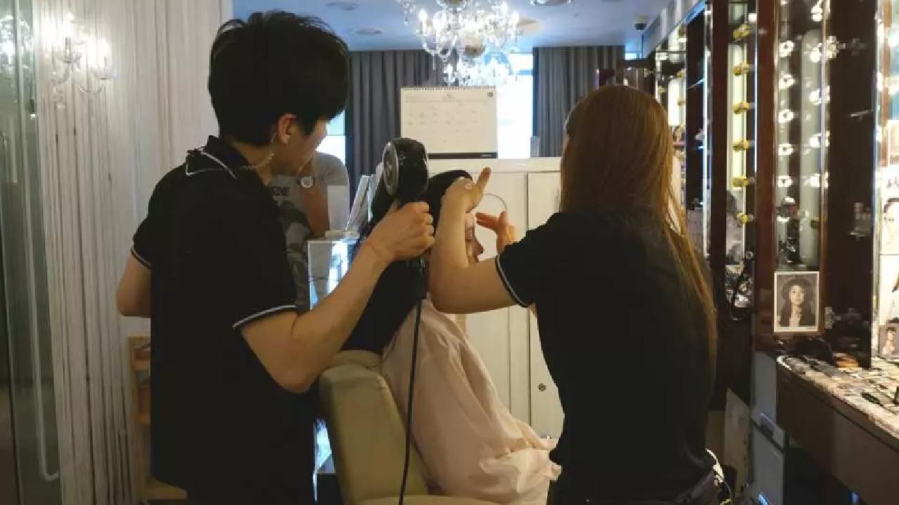 K Pop Photoshoot With Beauty Makeup